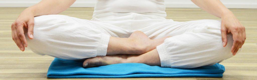 yoga pose_torso